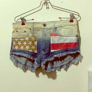Carmar shorts size 27 brand new